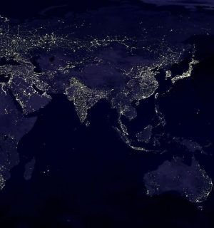 night-picture-of-earth-like-brain