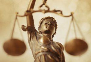 blind-justice prejudice