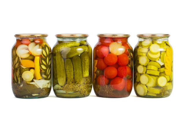 pickles with spices mineral source