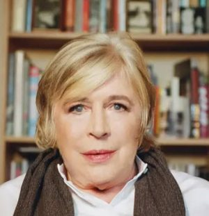 about-me score: Marianne Faithfull after Covid