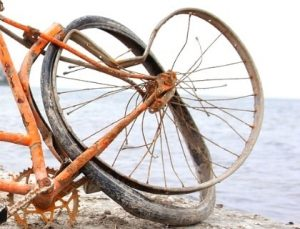 bike wheel with no integrity