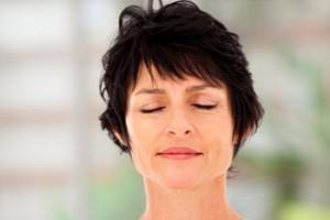 woman-meditating-350